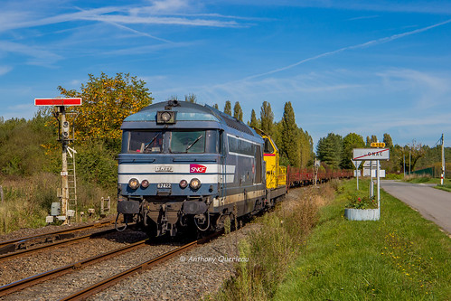 27 septembre 2017 BB 67422 Train 472005 Limoges-Puy-Imbert -> Bordeaux-Hourcade Agonac (24)