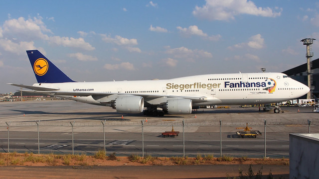 747-8 LUFTHANSA D-ABYI