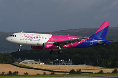 HA-LWO Airbus A320-232 EGPF 19-08-17