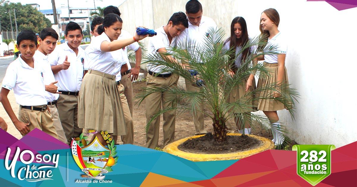 Alcaldía y Unidad Educativa Amazonas trabajan mancomunadamente