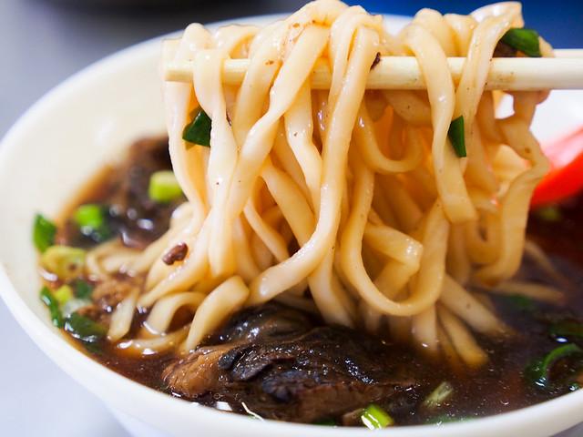 台北/萬華/西園路–艋舺小吃巡禮(二十五)–老謝牛肉麵