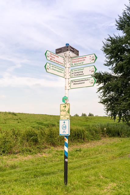 Fahrradwegweiser in Südholland