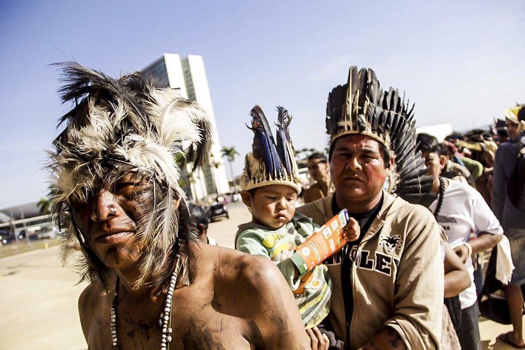 Indígenas fizeram vigília em Brasília desde a noite desta terça para acompanhar votação e pressionar STF - Créditos: Mídia Ninja