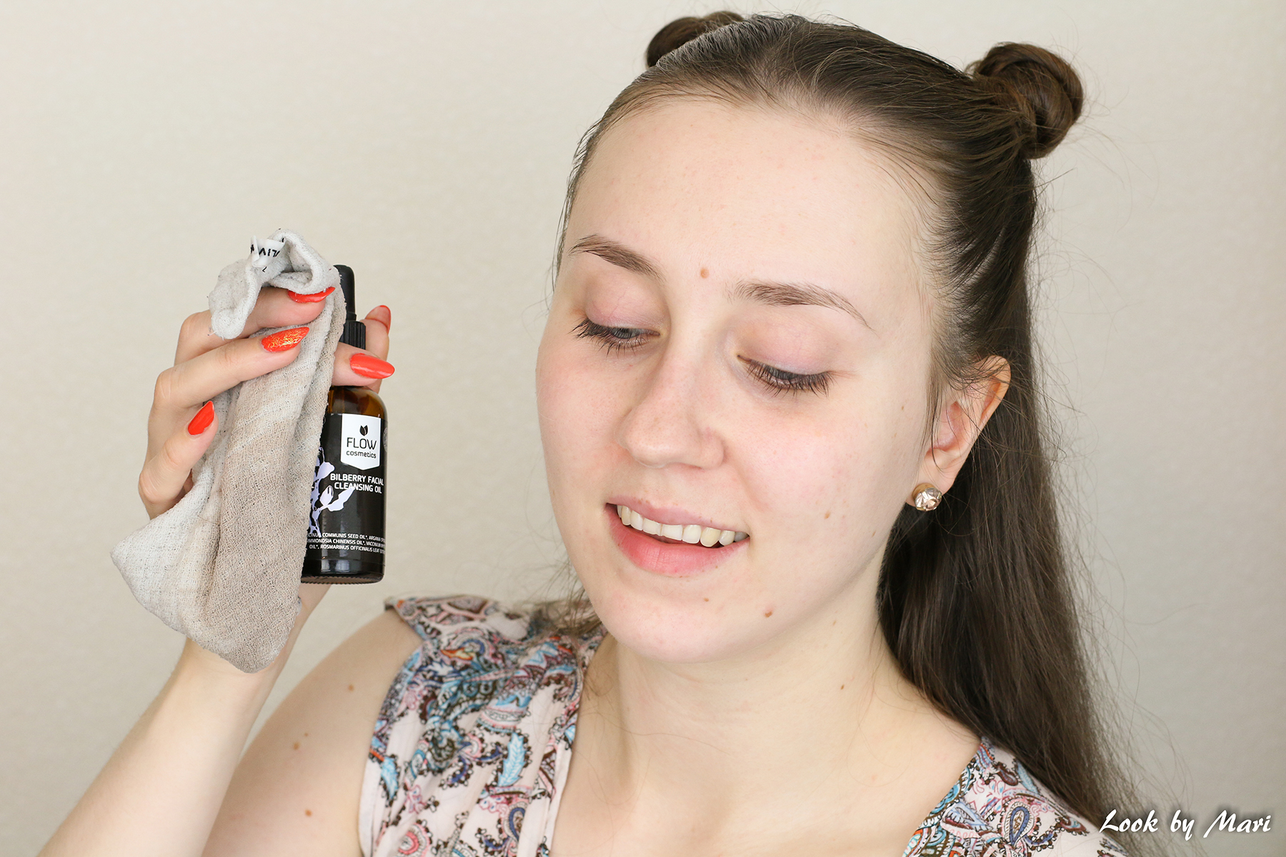 6 removing makeup with an oil how to best way blog tutorial