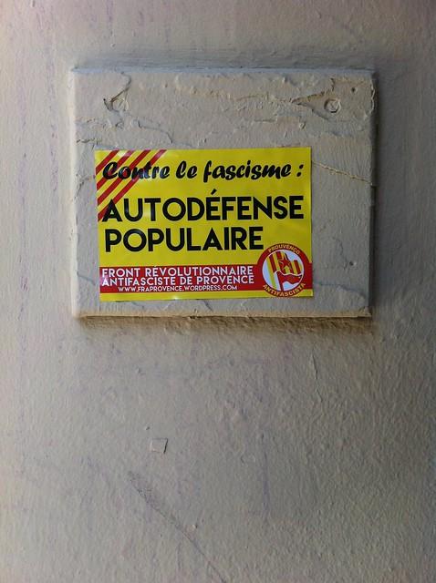 contre la fascisme : autodéfence populaire