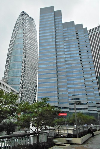 jp-tokyo 27-Shinjuku-Cocoon Tower (3)