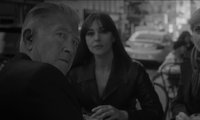 david_lynch_y_monica_bellucci_en_twin_peaks_9060_640x384