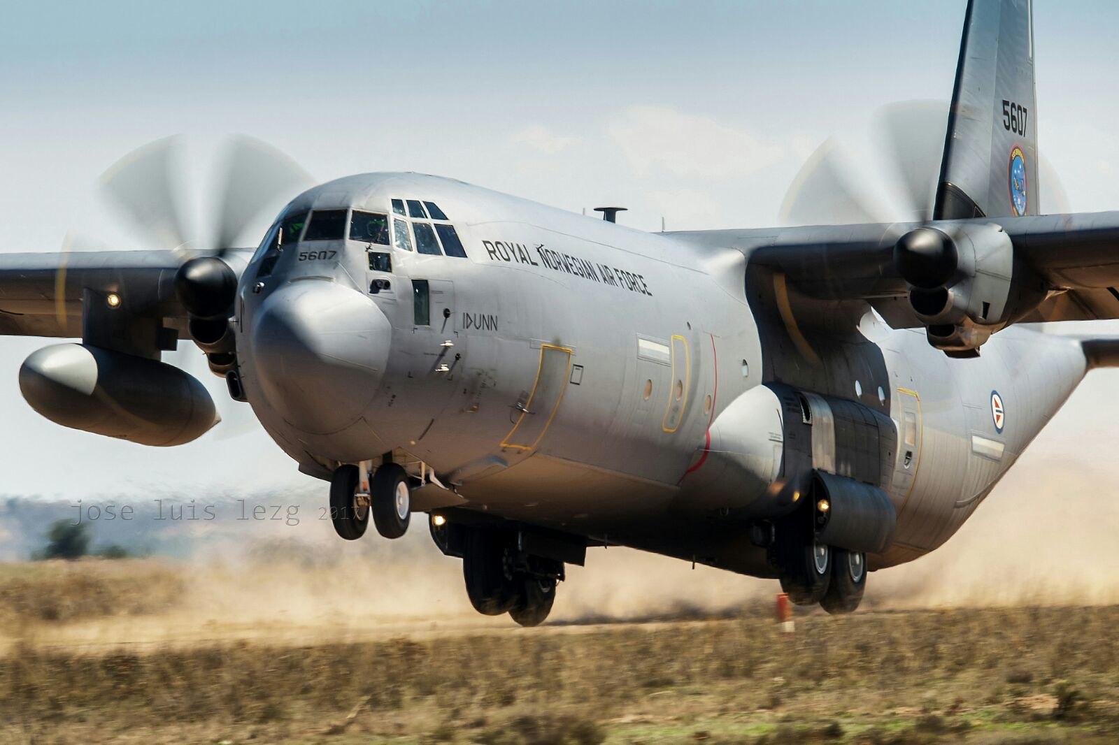 Hércules de la Fuerza Aérea de Noruega