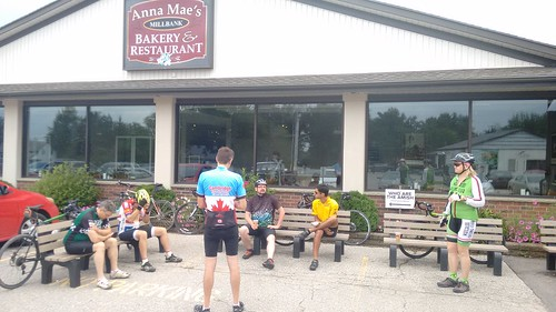Rec Gravel Adventure avoided most of the showers on a nice tour to Anna Mae''s