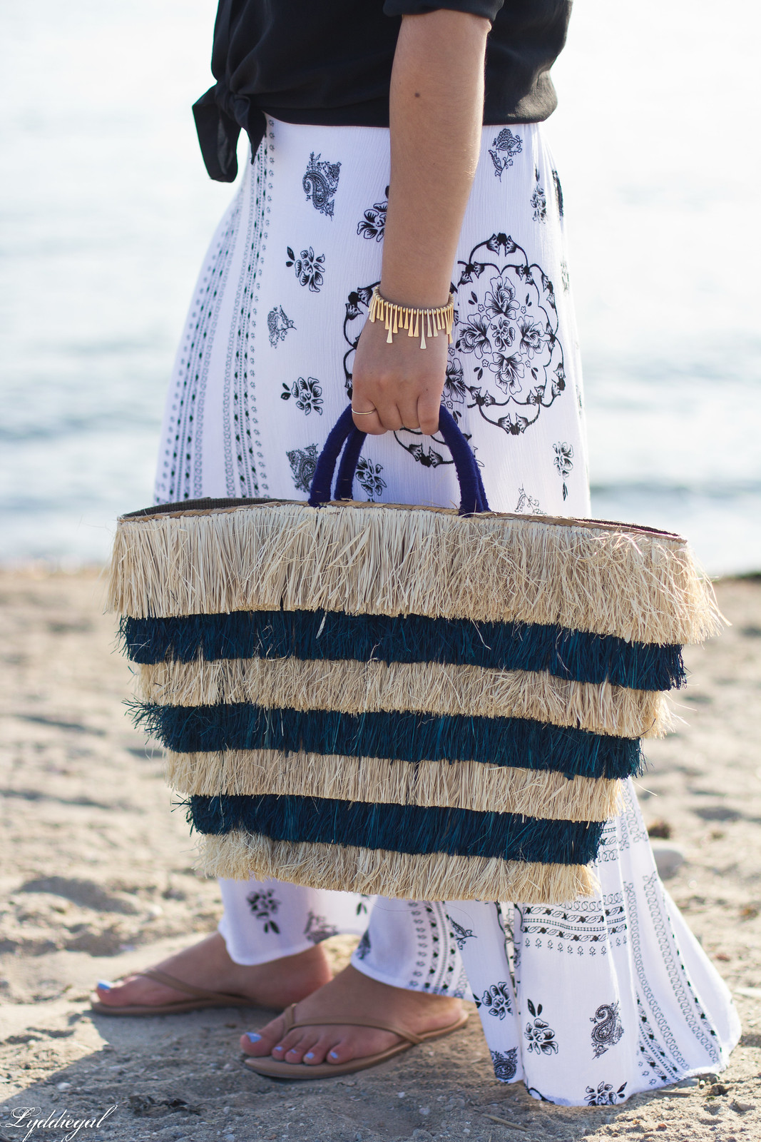 black button down, bohemian maxi skirt, kayu pinata tote-7.jpg