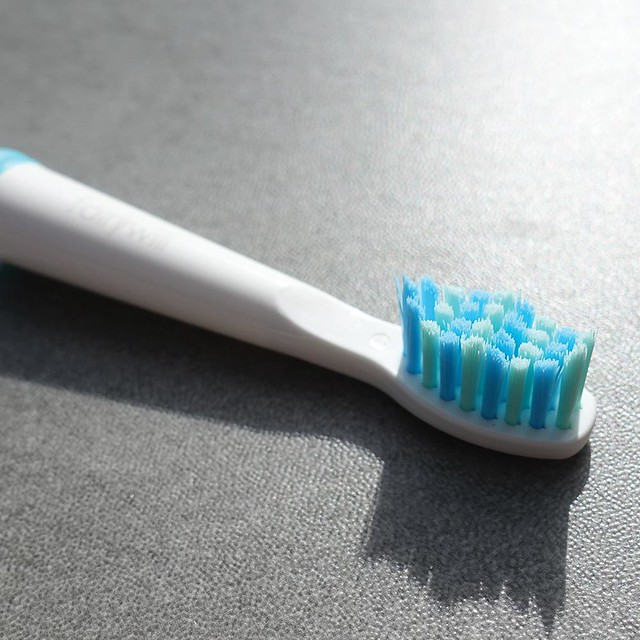 Fairywill FW-917 Electric Toothbrush