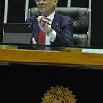 Fotos da atuação de Arolde de Oliveira no cargo de deputado federal.
