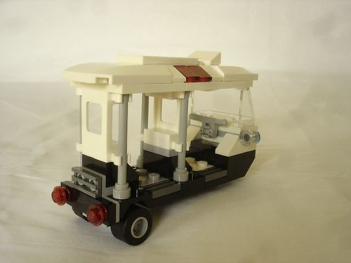 70607 - Police tricycle rear | by fdsm0376