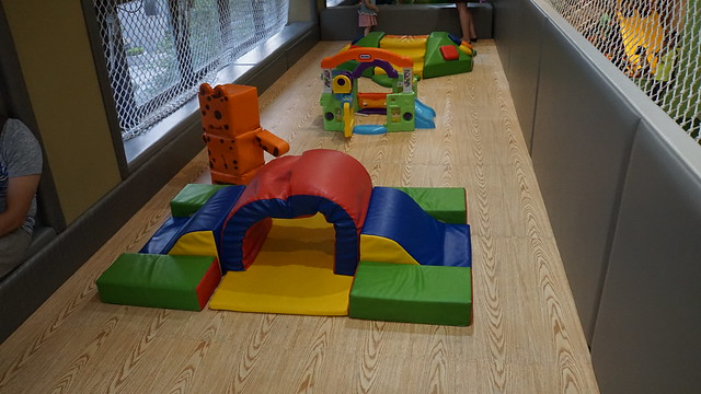 適合0-2歲的寶寶的遊具@童樂島親子餐廳