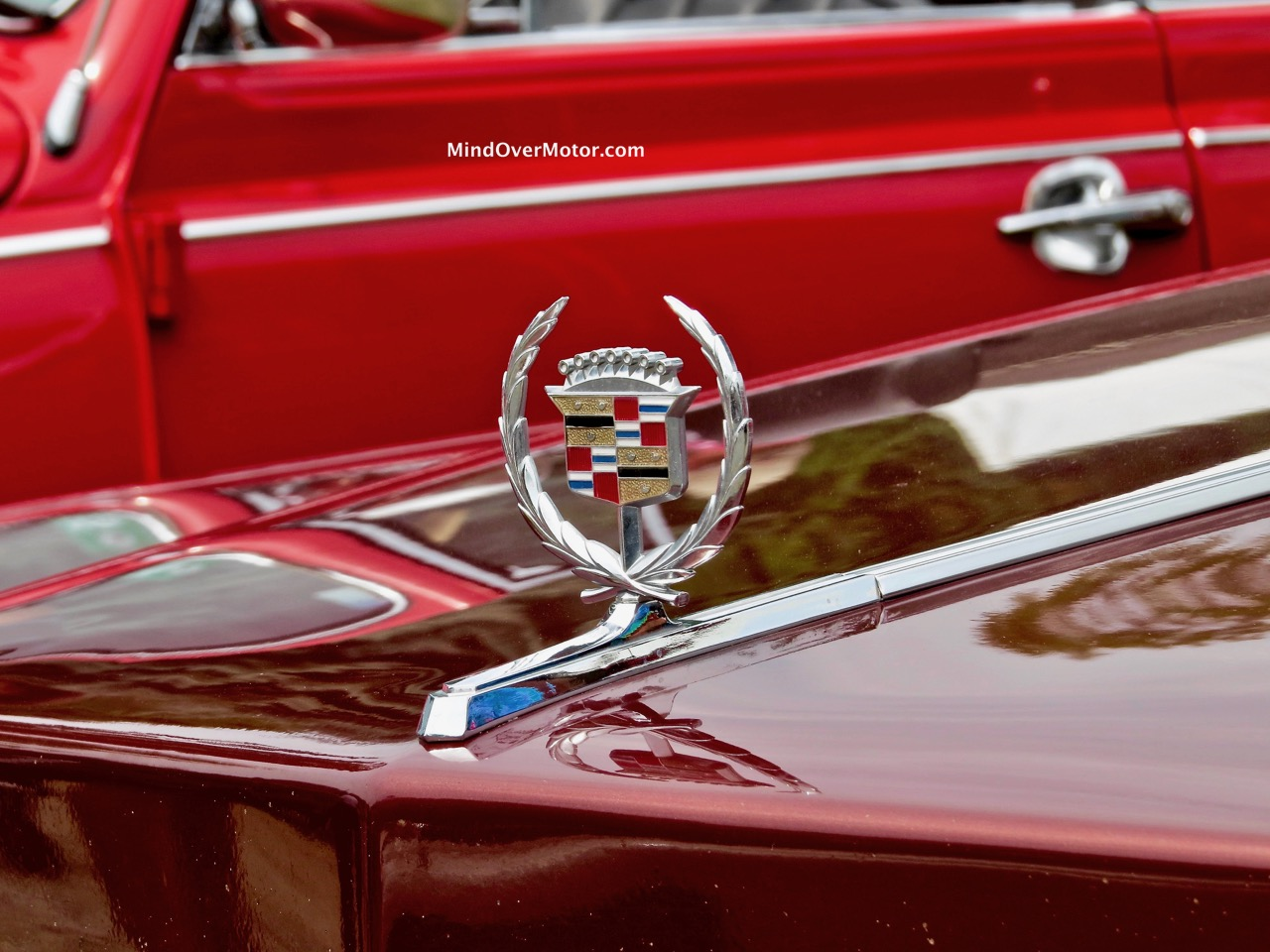 1976 Cadillac Fleetwood Hood Ornament 1