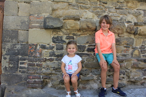 Kids at Basilica of San Francesco
