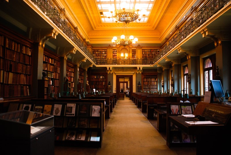 I collect libraries | National Art Library