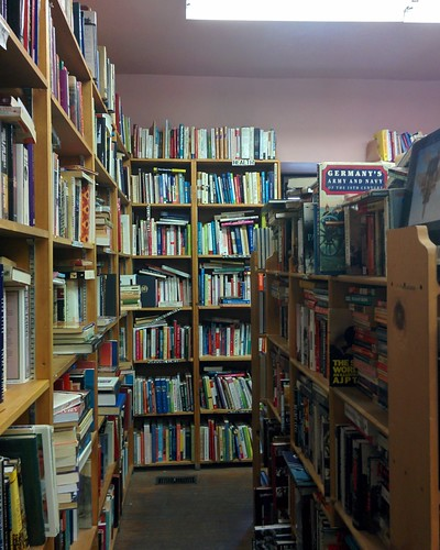 Eliot's Bookshop (5) #toronto #yongestreet #yongeandwellesley #eliotsbookshop #bookstore #usedbooks #books