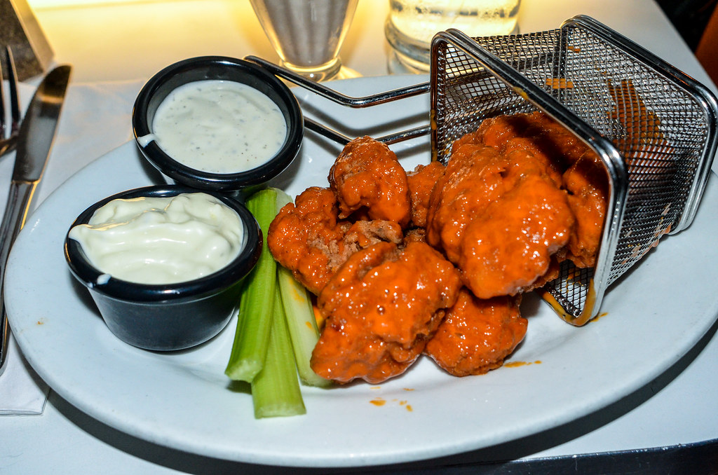 Buffalo wings Sci Fi DHS