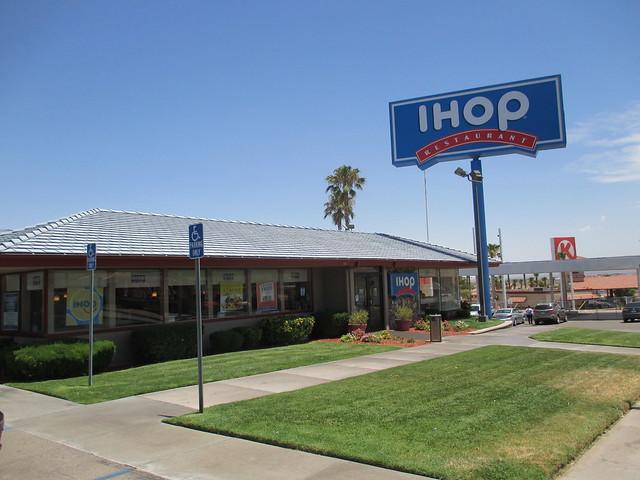 Howard Johnson's Motor Lodge and Restaurant Barstow,CA