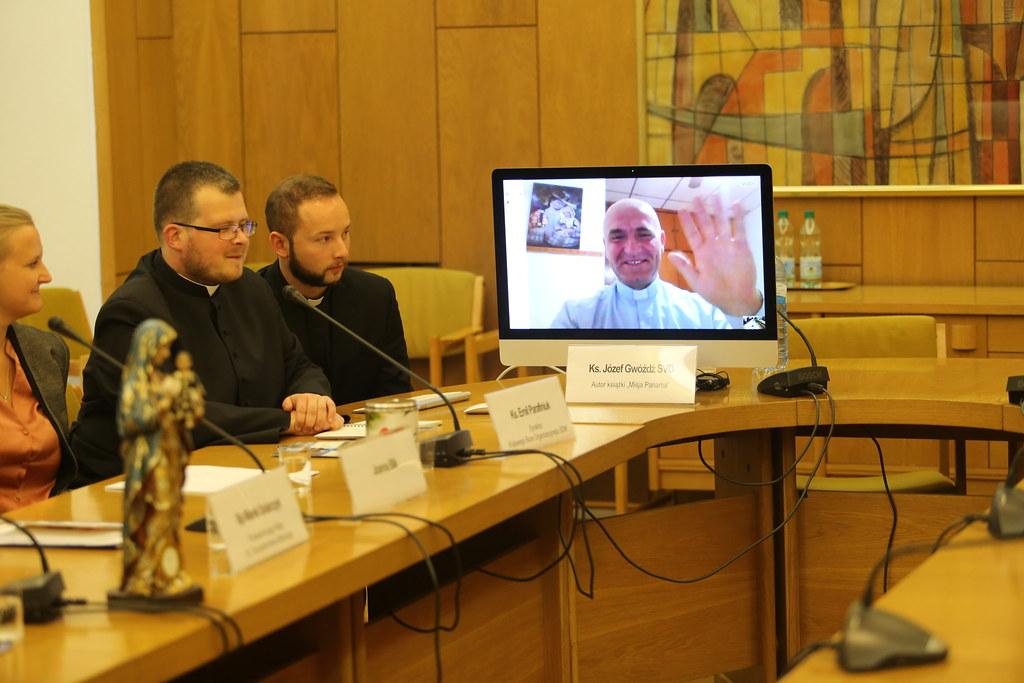 Konferencja prasowa nt. Synodu Biskupów i ŚDM w Panamie, Warszawa, 21 IX 2017