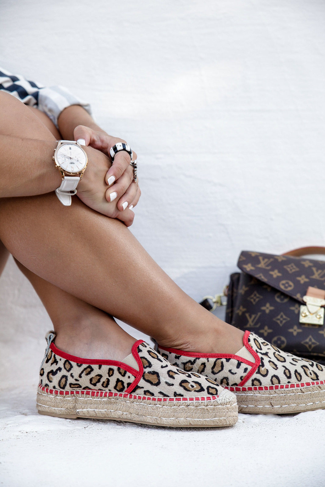 012_Leopard_and_stripes_perfec_mix_print_outfit_THEGUESTGIRL