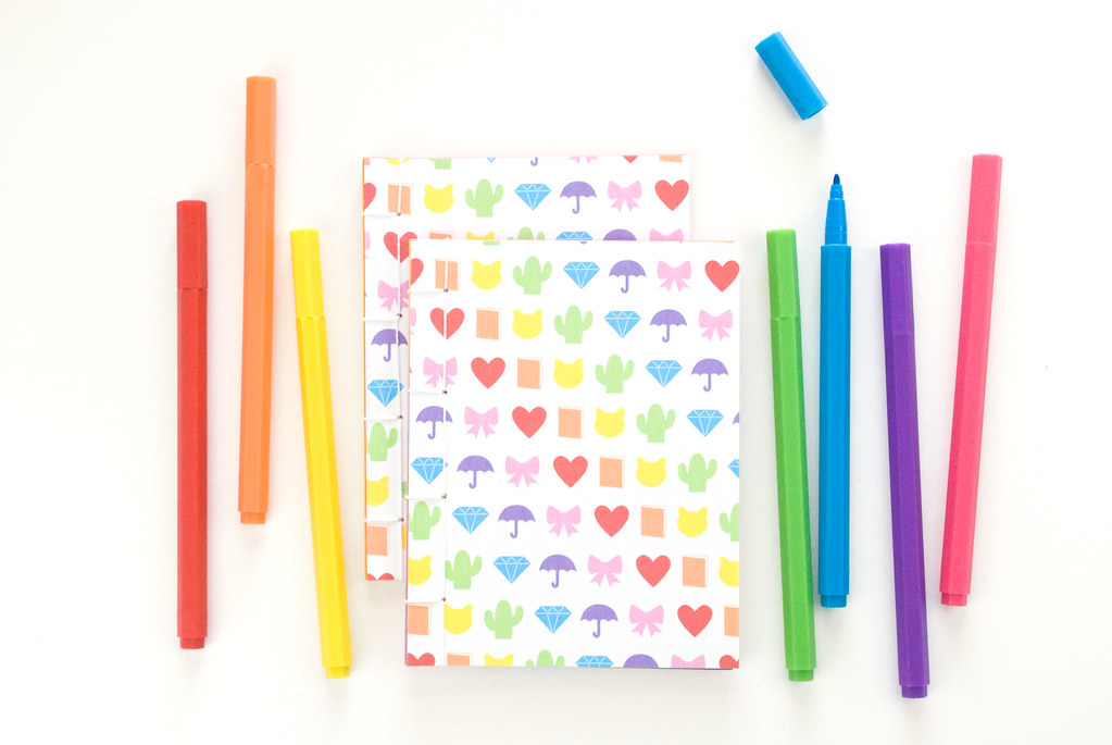 Rainbow Emoji Mini Books