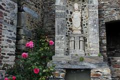 Courcy : la fontaine Saint-Lô - Photo of Guéhébert