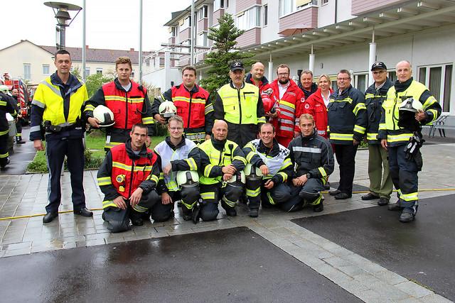 Evakuierungsübung Bezirksseniorenheim Engerwitzdorf - Gemeindeübung