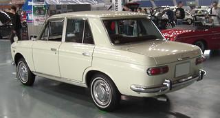 Datsun_Bluebird410_1963_R2