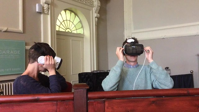 Janey and Dominic try VR
