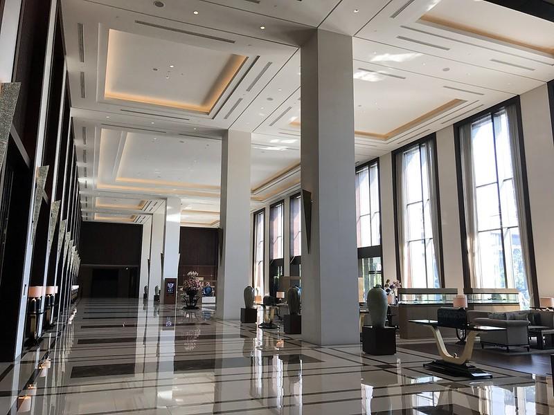 Fairmont Jakarta has a spacious lobby