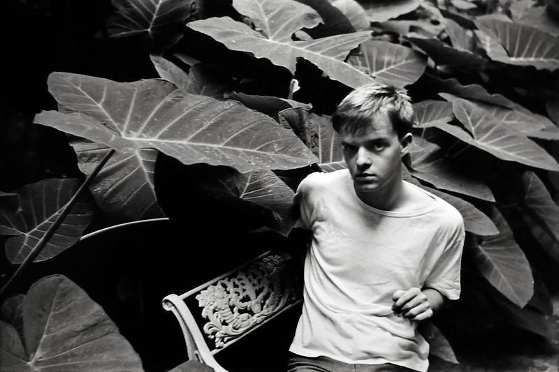Capote fiatalon, 1947-ben
