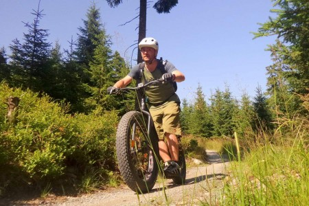Bike SNOW tour: Klínovec – na flowtrail i s koloběžkou