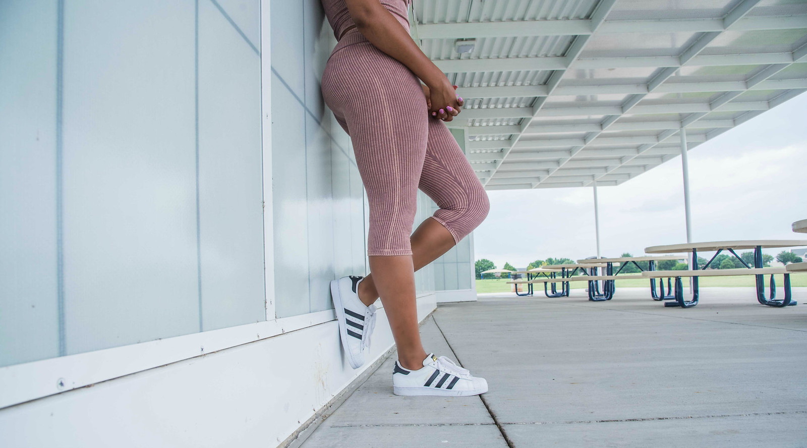 how to style Adidas superstars for women