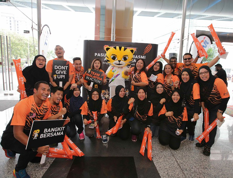 Tm Staff Getting Into The Spirit Of Team Malaysia