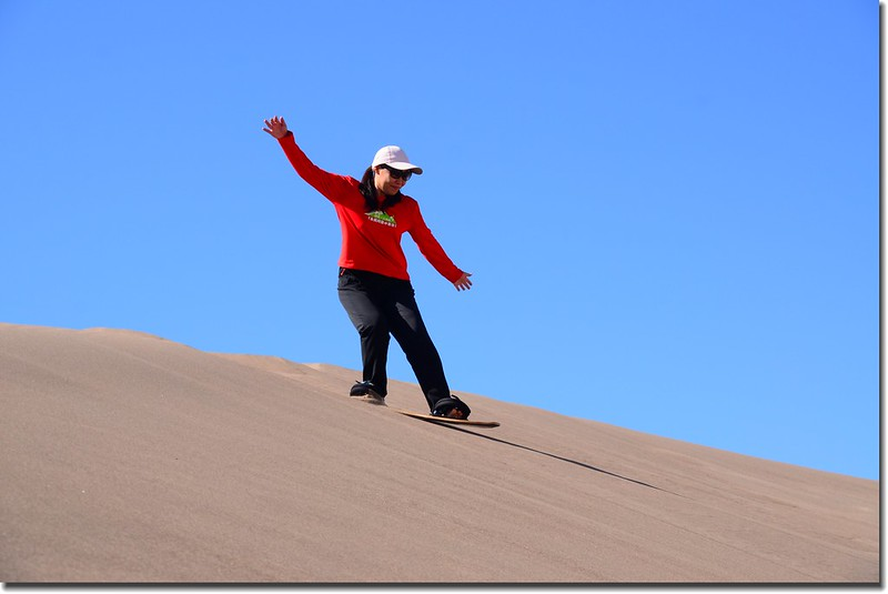 Sledding at Great Sand Dunes  (19)