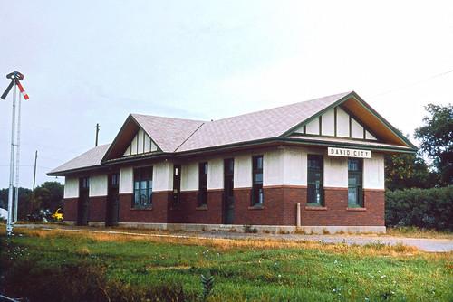 cbq depot station burlington railroad davidcity chz alchione