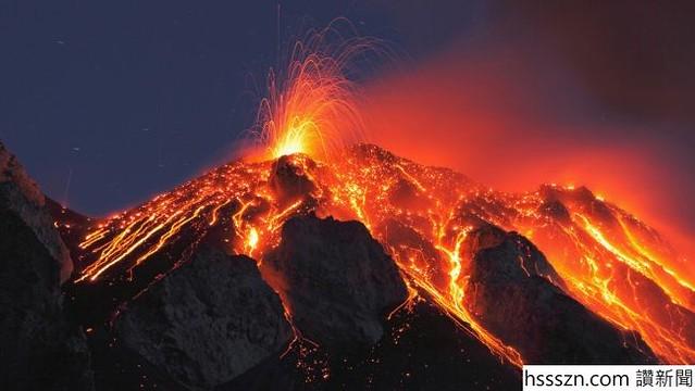 italy-sicily-stromboli-volcano-eruption_650_366