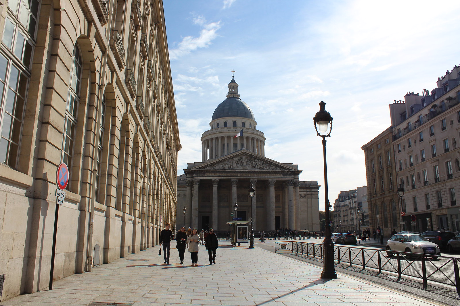 Paris citytrip june14thstudio must visit pantheon mairie