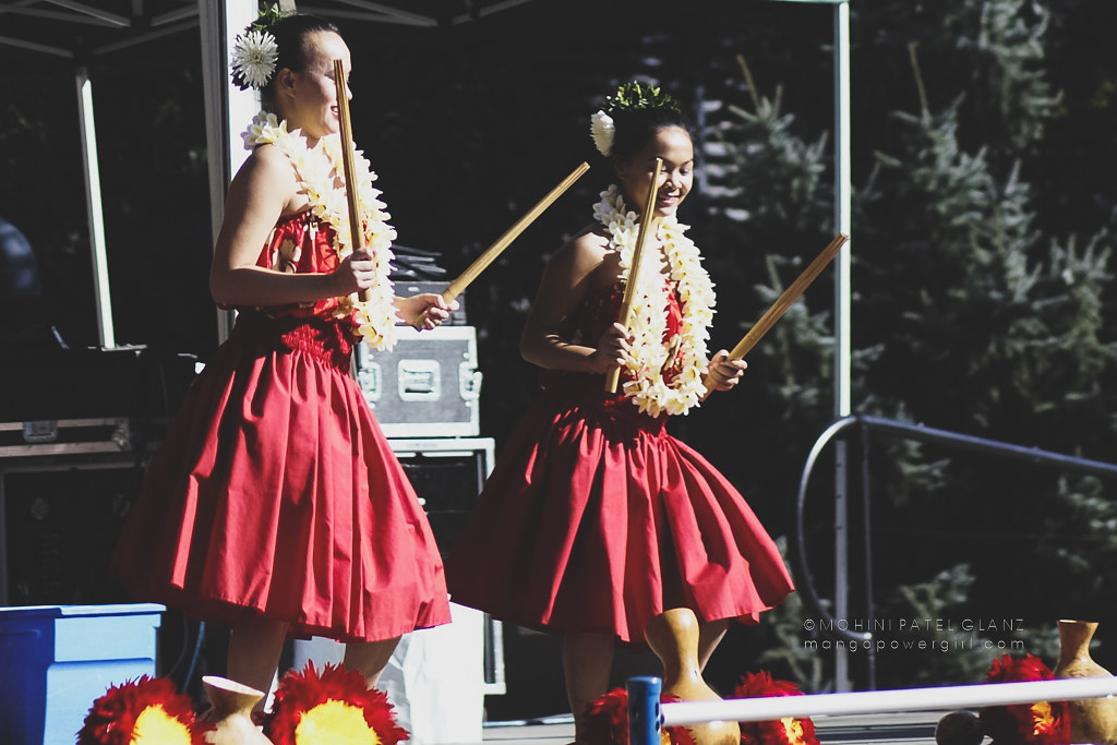 hula dancers with puʻili at 2017 live aloha hawaiian cultural festival seattle