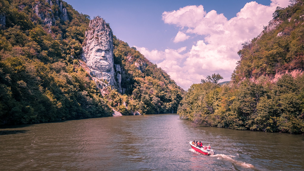 Decebalus rock - Romania - Travel photography