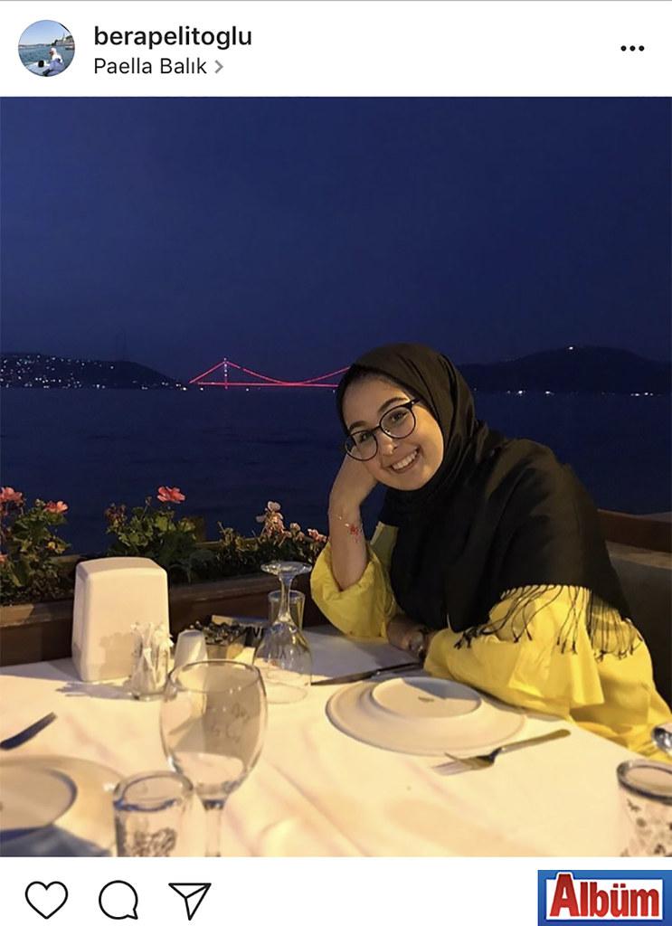 Bera Pelitoğlu, İstanbul Paella Balık'tan boğaz manzarasına karşı paylaştığı fotoğrafı ile takipçilerinin dikkatini çekti.