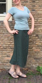 hand sewn bottle green linen skirt fishtail pockets sewing
