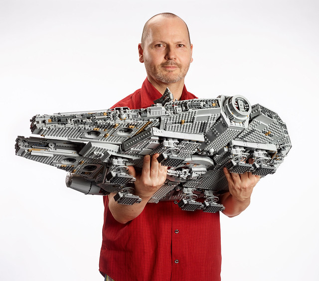 75192 Ultimate Collector Series Millennium Falcon 12