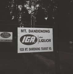 Sign - Mount Dandenong IGA Plus Liquor