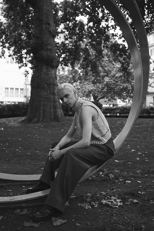 MikkoPuttonen_Rafsimons_cropped_sweter_aw17_Tonsure_Copenhagen_fashion_blogger_london_outfit_menswear_marni1_bw_web