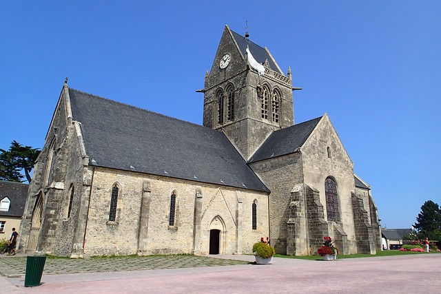 Church, Sainte-Mère-Église