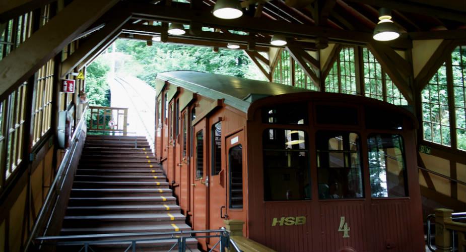Stedentrip Heidelberg, bezienswaardigheden: Bergbahn Heidelberg | Mooistestedentrips.nl