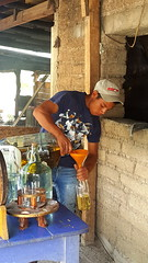 """Mezcal Zompantle"" pouring ropasado"